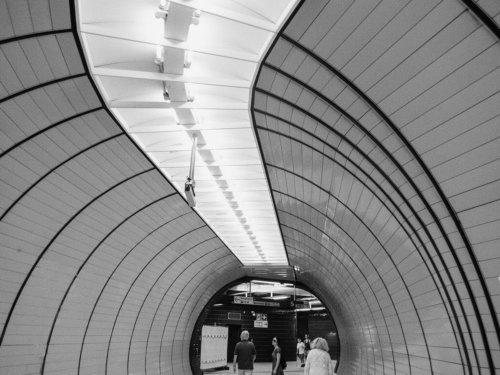 architecture metro munich noir et blanc