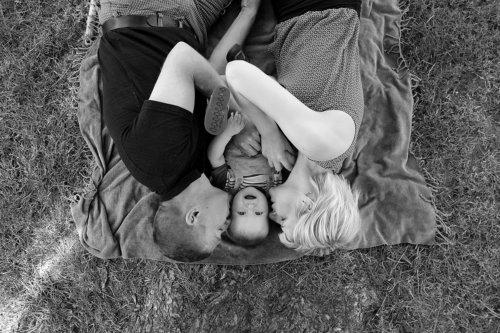 famille enfant portrait noir et blanc